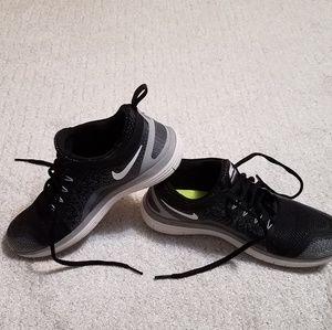Nike women's run natural shoes